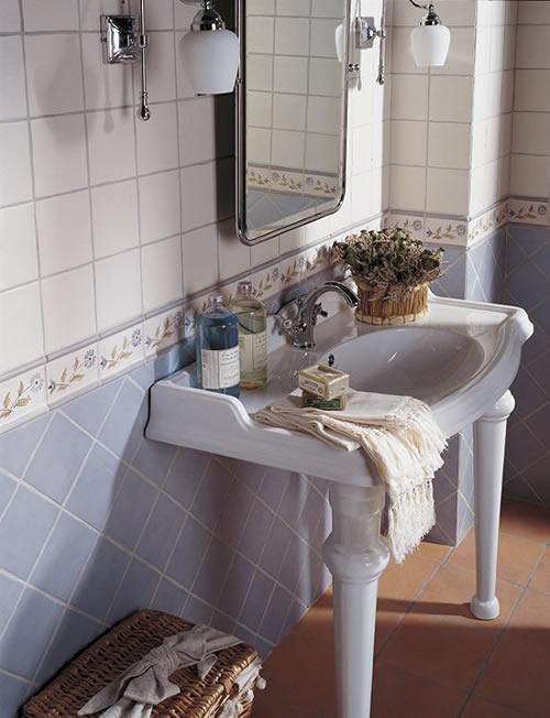 Romantische Fliesen im Bad| Fliesen Baur, Rösrath